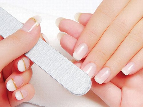 Home Treatments For Whitening Your Nails